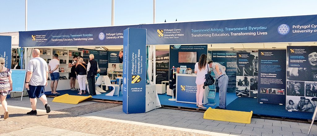 Prynhawn da! Good afternoon! Great day at #Eisteddfod2018!   Wonderful week ahead too. Check out stand 219-222 if you&#39;re visiting the festival.     #DyddieDa #GoodTimes #UWTSD  @Eisteddfod_eng @UWTSD @UniWales @UniWalesPress @CPeniarth<br>http://pic.twitter.com/Mfnt6AcVOH