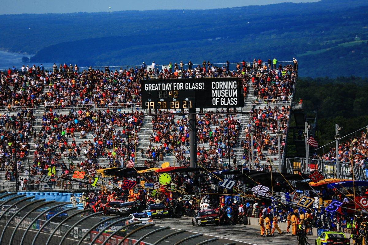 Circuito Watkins Glen : Watkins glen race results august nascar cup series
