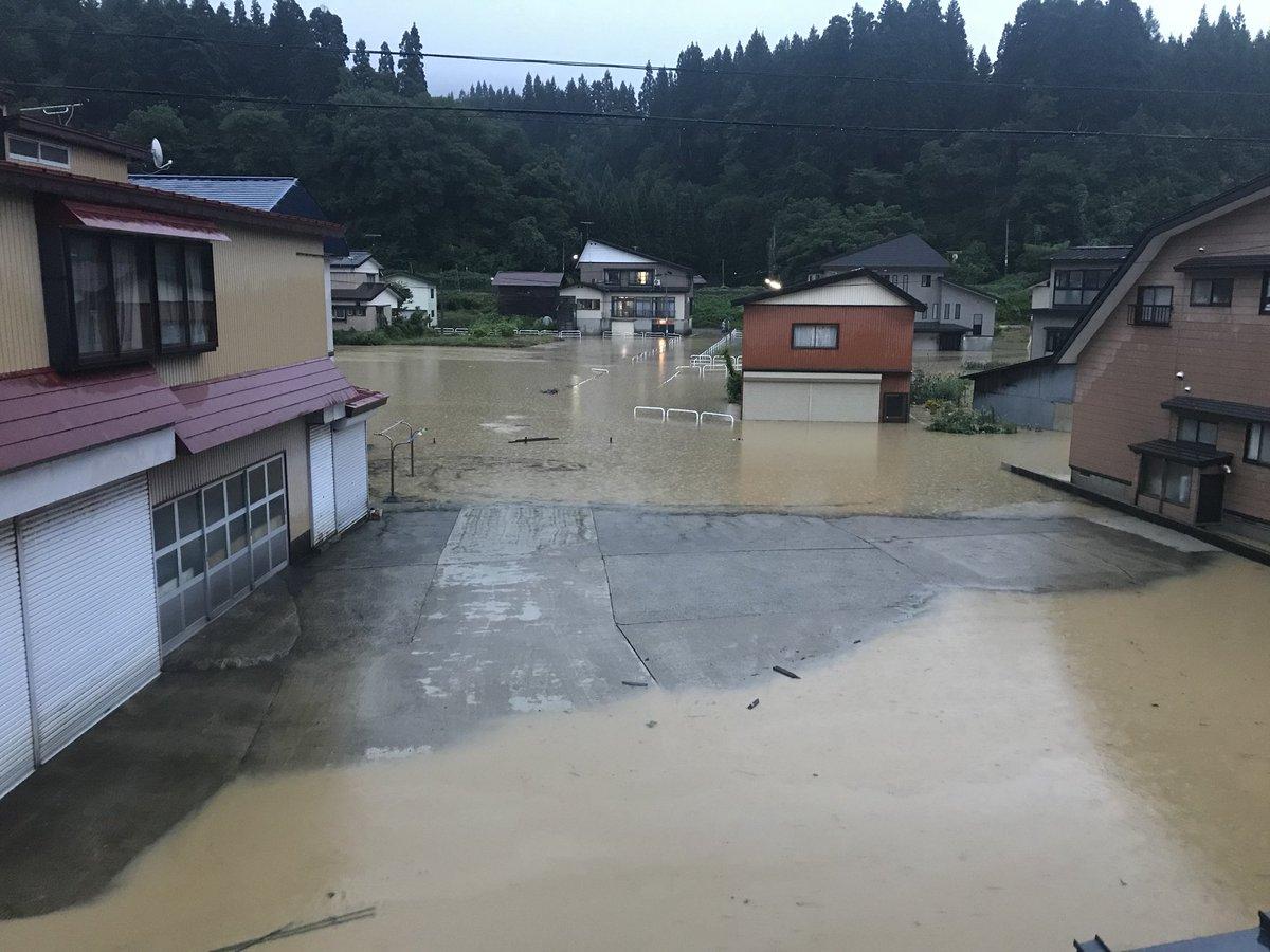 最上川が氾濫して冠水した戸沢村の写真画像
