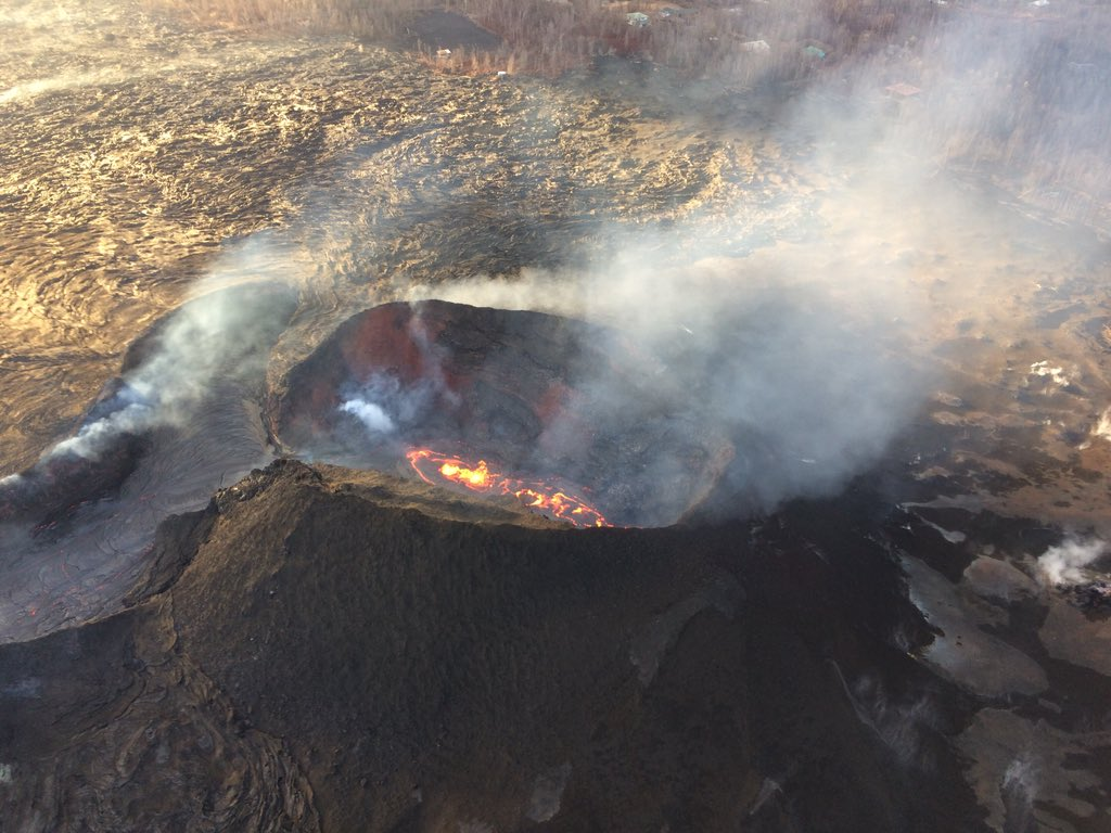 usgs volcanoes s tweet kīlauea volcano update lerz fissure8