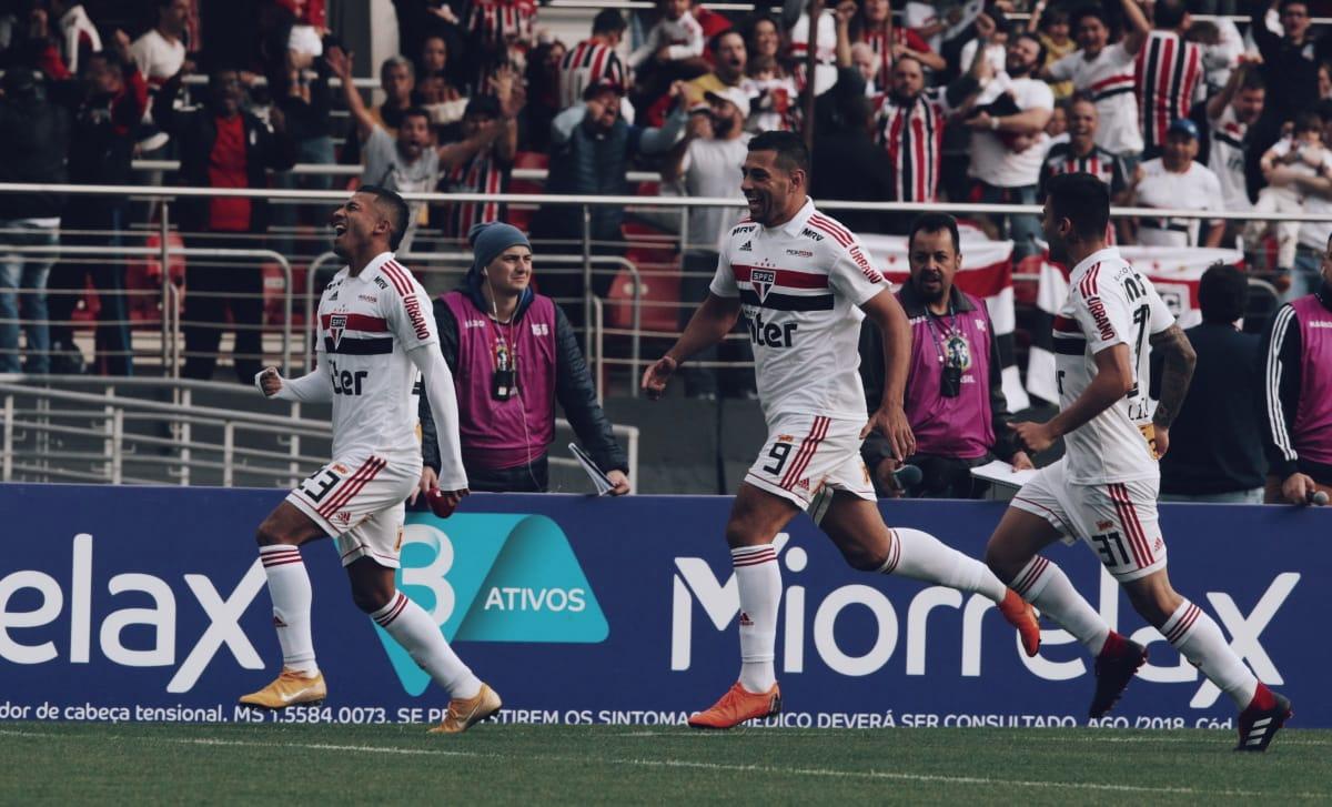 FIM DE JOGO! No Morumbi, o Tricolor vence o Vasco por 2 a 1 pelo Campeonato Brasileiro, gols de Rojas e Trélle #VamosSãoPauloz  🇾🇪