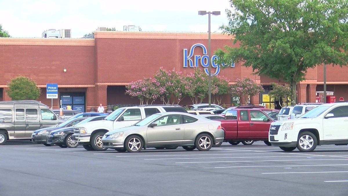 Loss-prevention employee at Kroger shoots at man stealing meat, police say #wmc5 >>https://t.co/xH458EoEVG
