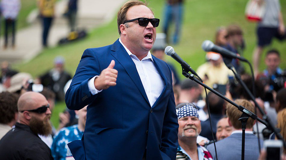 Apple removes podcasts from InfoWars' Alex Jones on iTunes