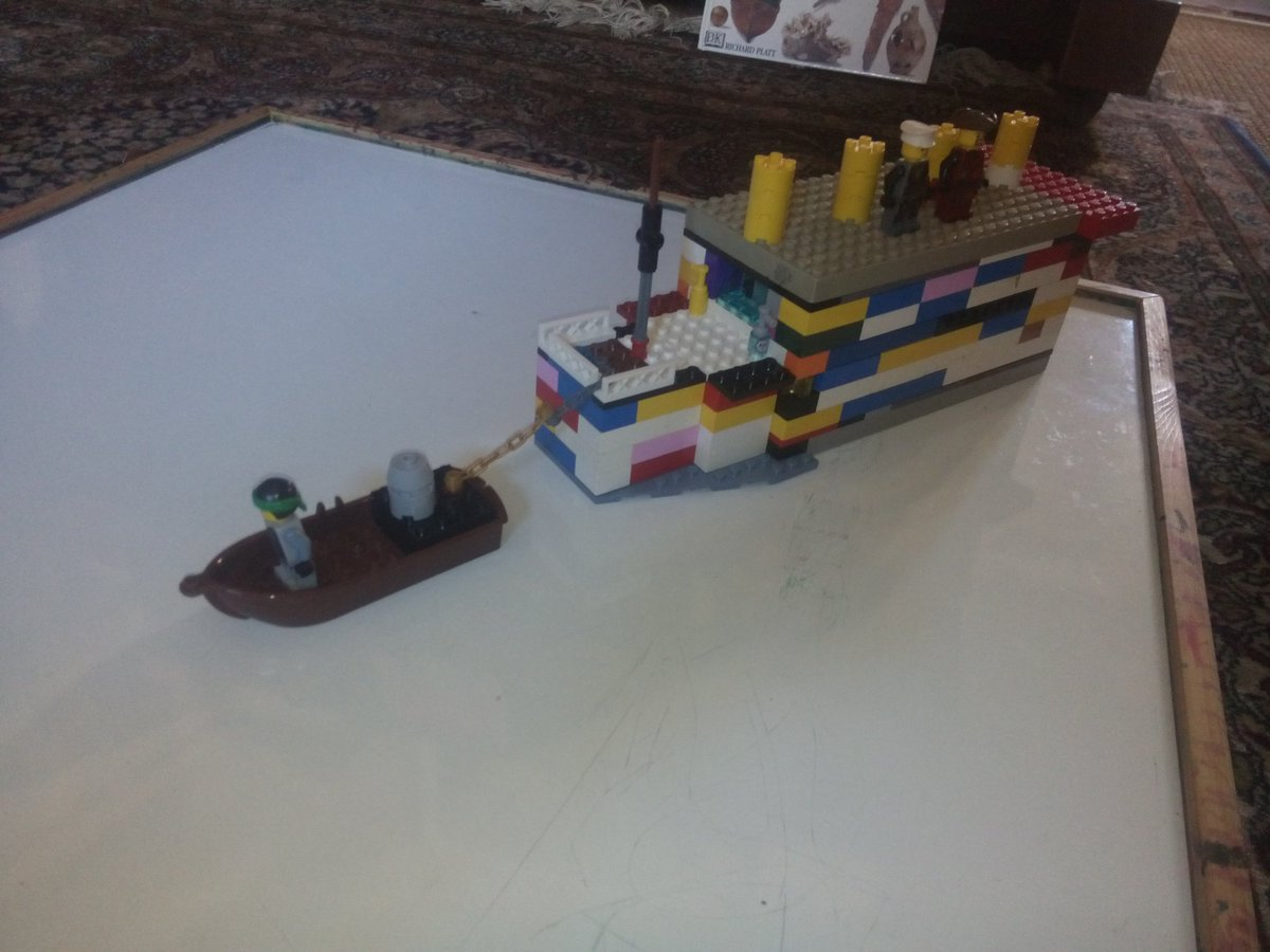 On a lighter note, the boy&#39;s @LEGO_Group RMS #Titanic story - being moved out of Southampton by tug, hitting the #iceberg and the #wreck #shipwreck<br>http://pic.twitter.com/n5Sw4GRyOP
