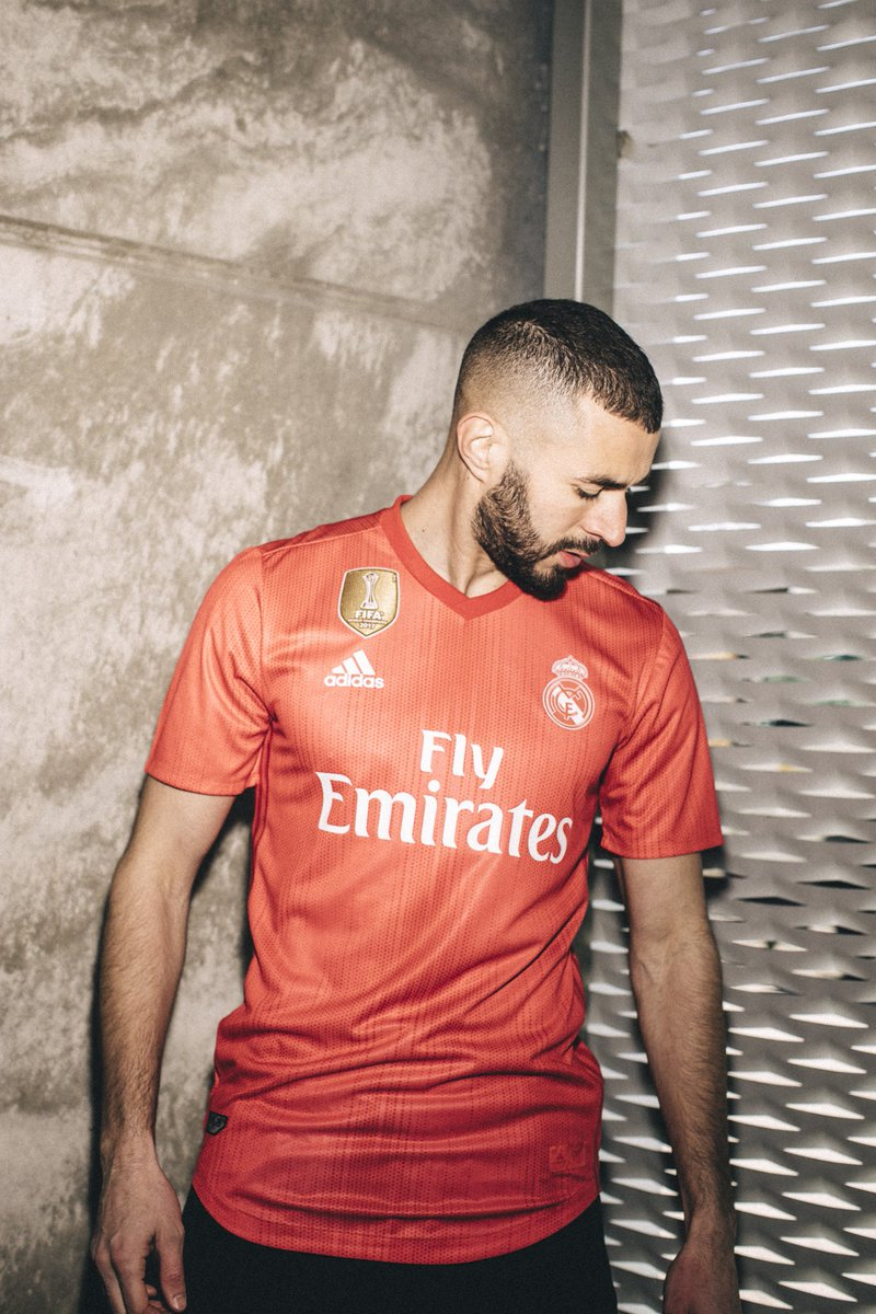 more photos 9e3ef 4d2de Football Team Real Madrid's Jerseys Made From Recycled ...