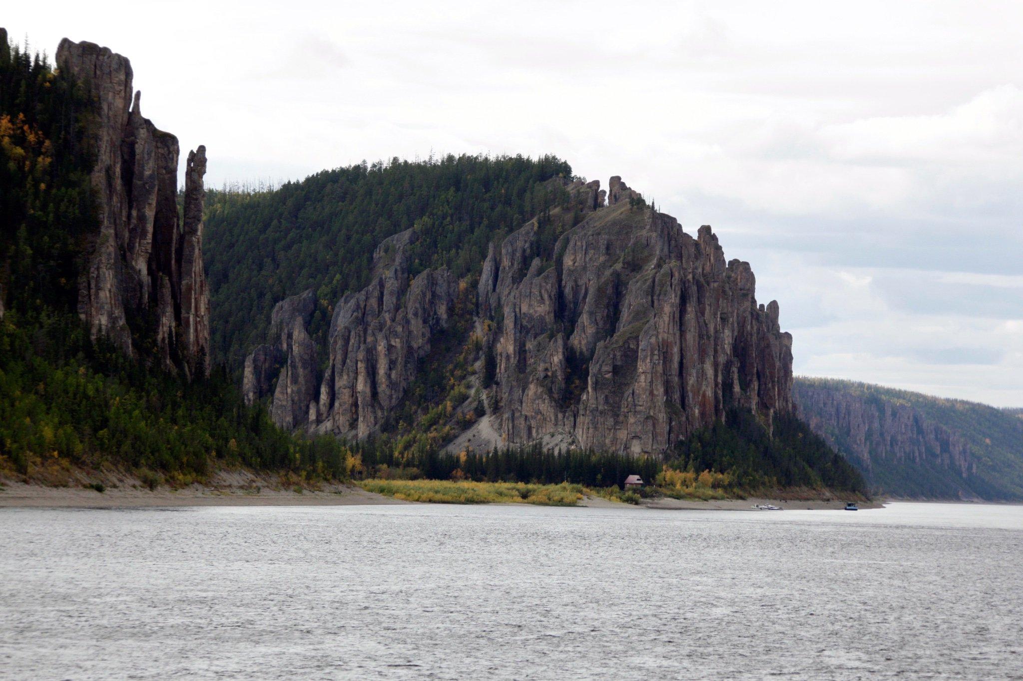 Lenskiye Stolby National Park to be created in Yakutia https://t.co/fPvGAcZlwX https://t.co/mw5RI5ij3x