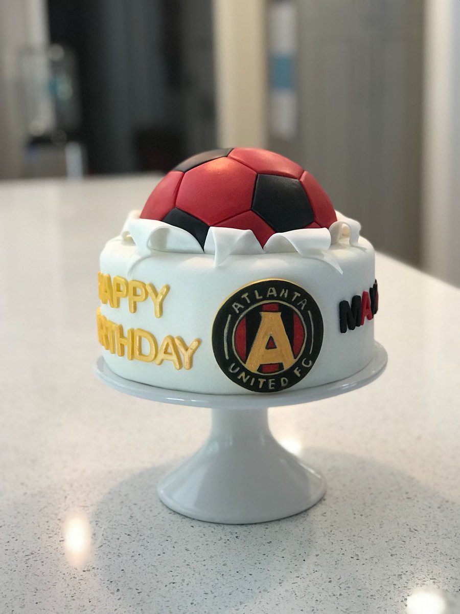 Excellent Atlanta United Fc On Twitter Now Thats A Birthday Cake Done Funny Birthday Cards Online Sheoxdamsfinfo
