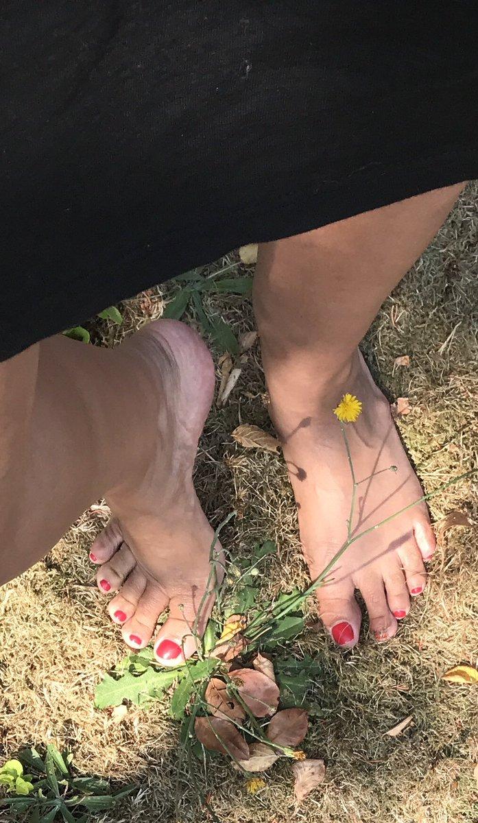 Arabic foot fetish, take off my daughters undies