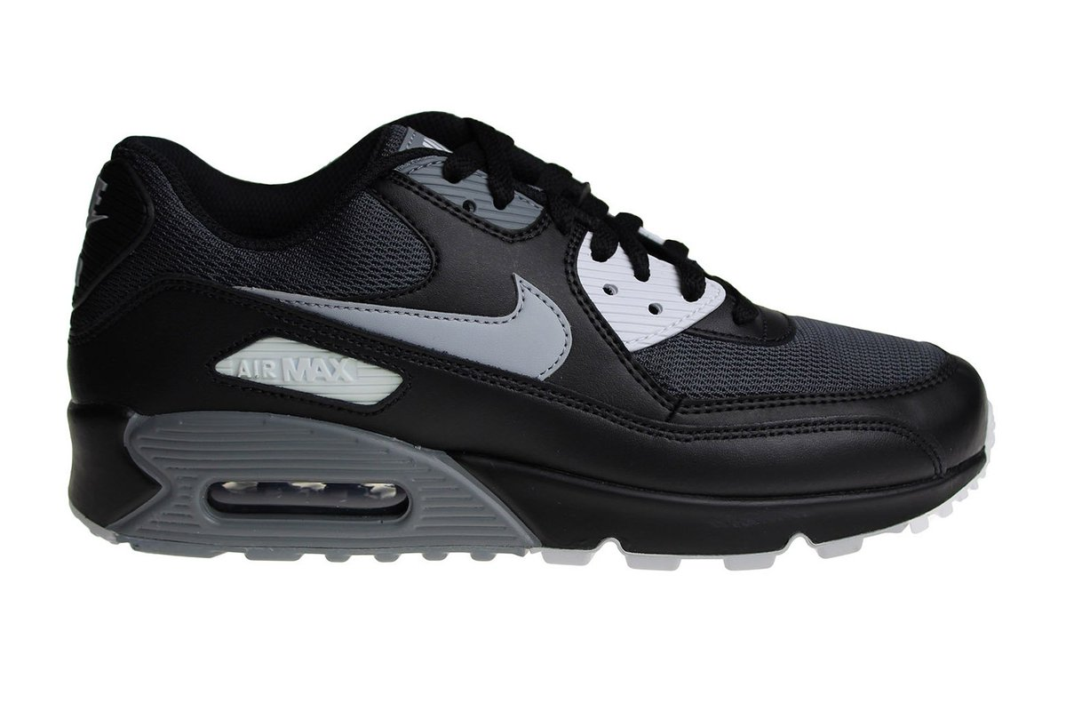 Sneakerpaleisnl On Twitter Nike Air Max 90 Essential 12995