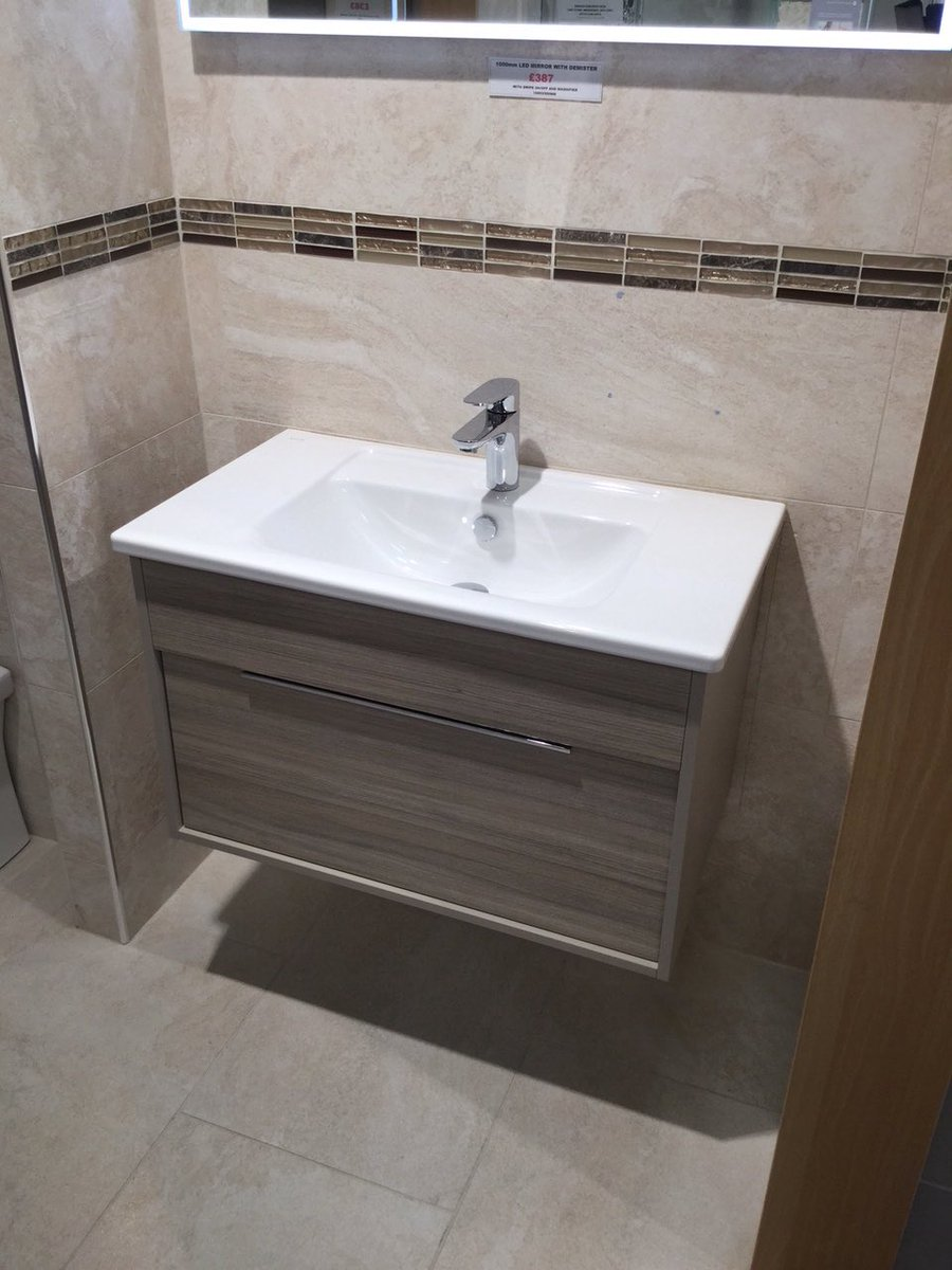 """VitrA Bathrooms on Twitter: """"Our Signature Collection has landed at @twtbathrooms! The Integra vanity unit looks fantastic 👌… """""""