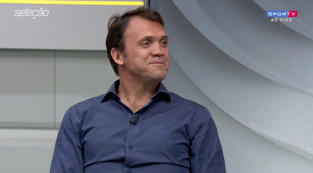 Petkovic: 'Espero que dessas possíveis contratações tenha um lateral.  #SelecaoSporTV