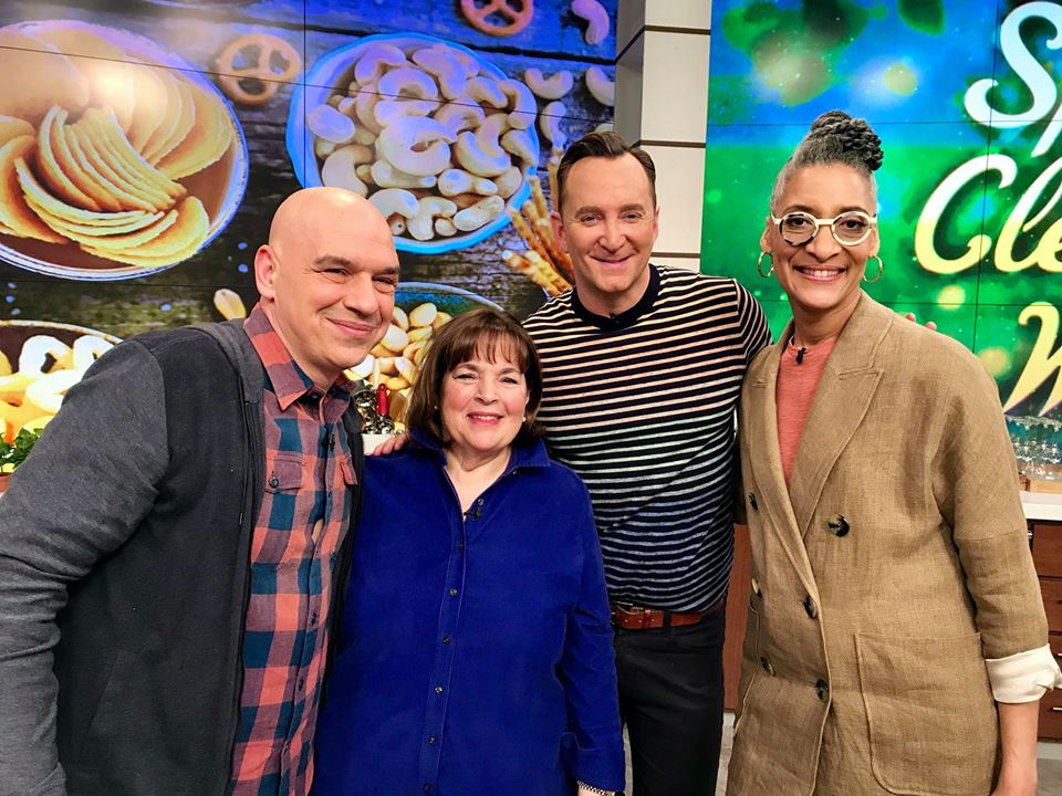 Today were throwing it back to when the incomparable @inagarten was in the kitchen. See you at 1e 12c p! #TheChew #TBT