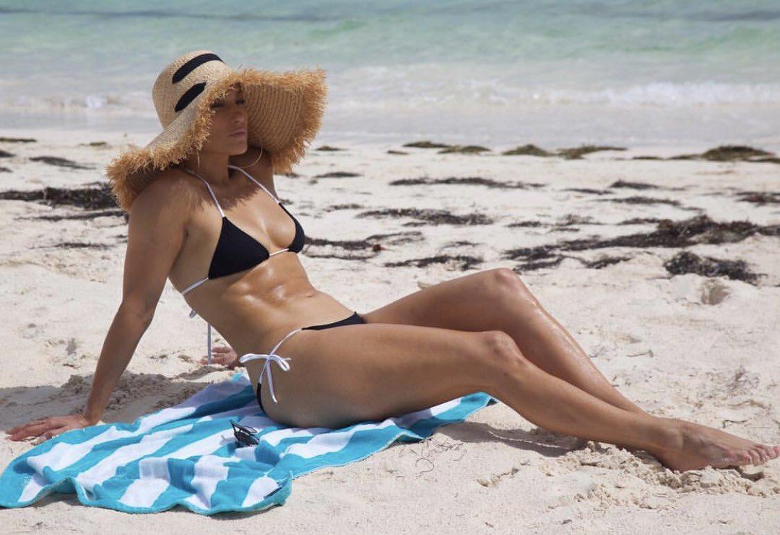 Island vibezzzzz ������ #vacaciones https://t.co/ZQeQ4bB4uB