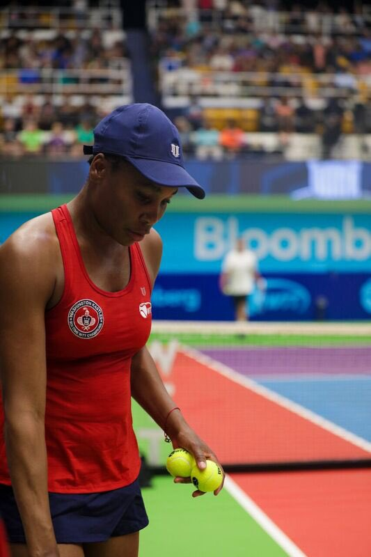 Going on court to try and help my @WashKastles win another @WorldTeamTennis match against the @SGFLasers. Watch us now on http://wtt.tv ! #WTTSummer