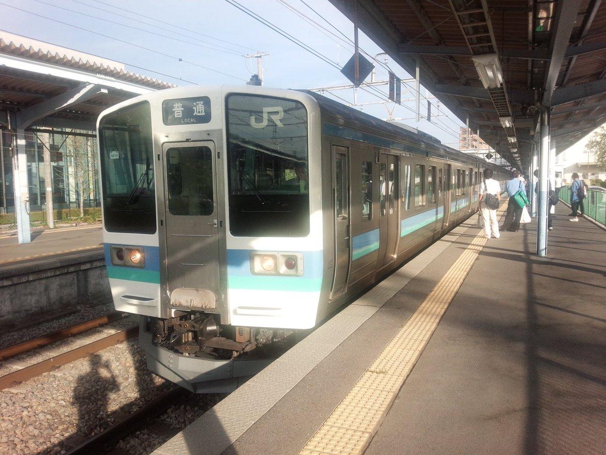 中央本線の茅野駅の電車内で不審物の現場画像