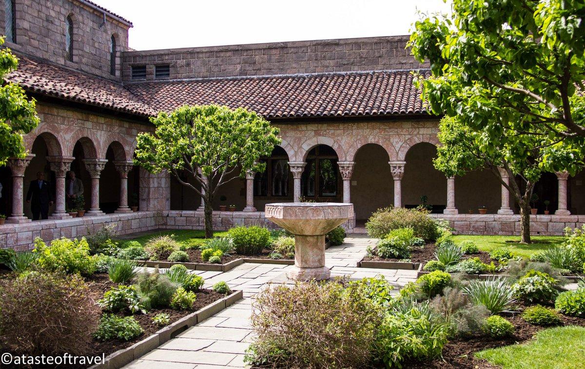 форма казахстане дизайн сада в монастырях фото наряды для своего