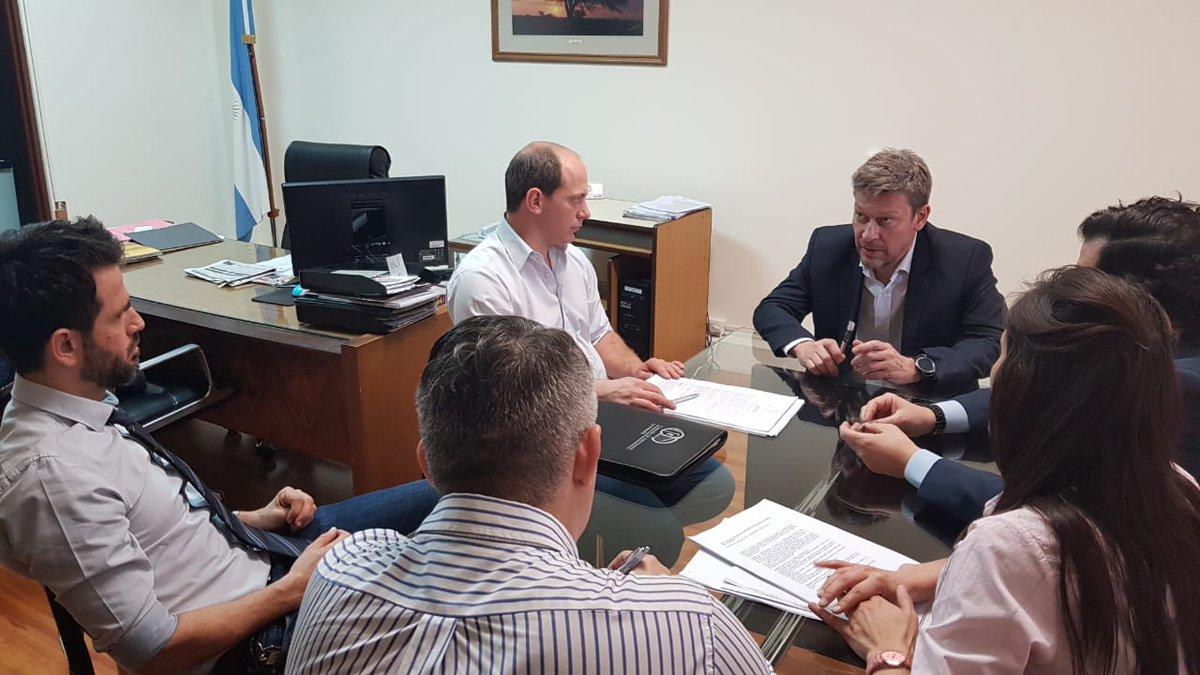 Provinciales | Trabajo en conjunto entre legisladores con la autoridades de la UNLPam para frenar los casos de usura en La Pampa