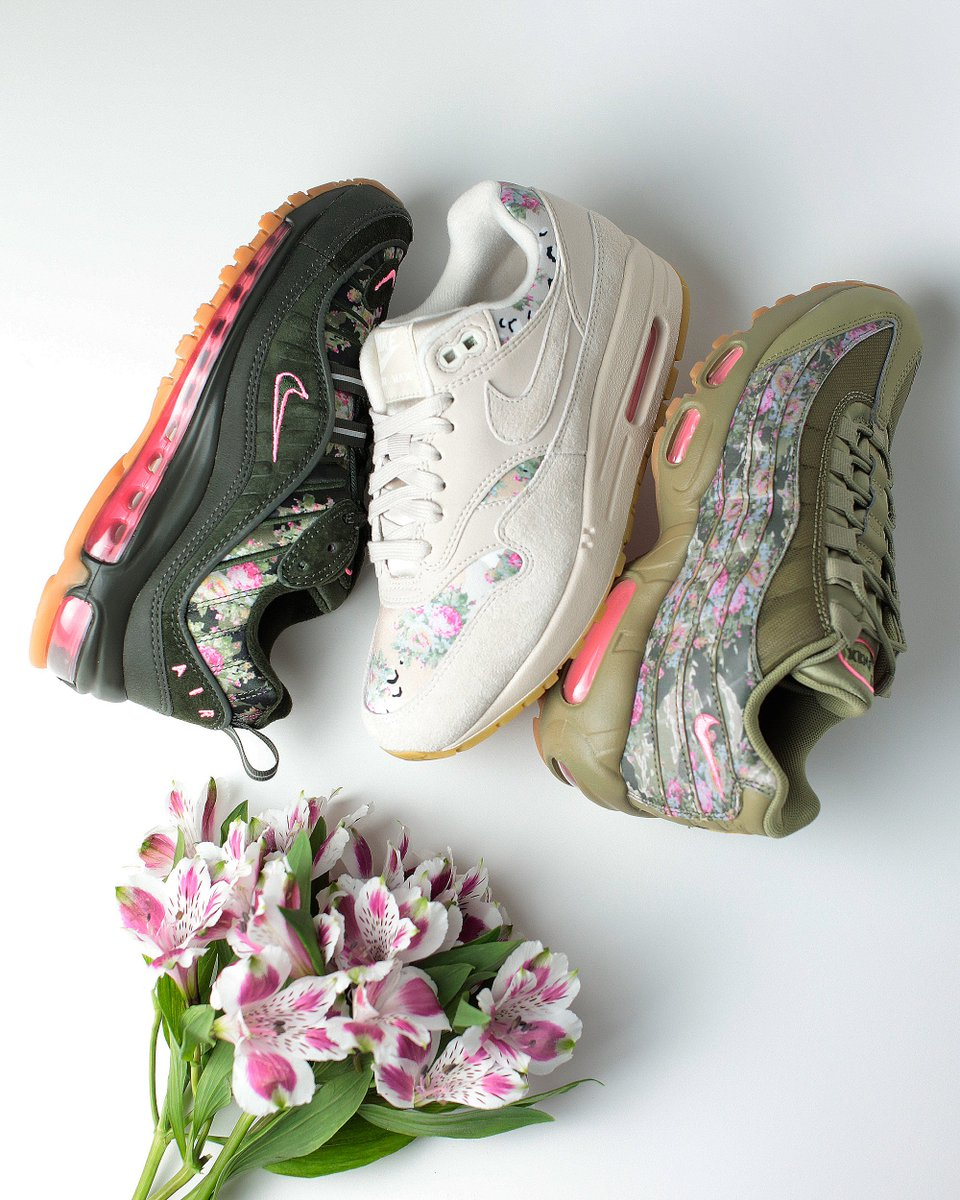 99b1ec6ff0 Nike Women's Air Max 95 ($180) Nike Women's Air Max 1 ($130) Nike Women's  Air Max 98 ($180) https://shop.extrabutterny.com/collections/release-draws  … ...
