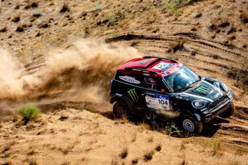 Sport>Rallye>Silk Way Rally, Yazeed Al-Rahji vainqueur ! > Après.. bit.ly/2vd9bmr #Sports