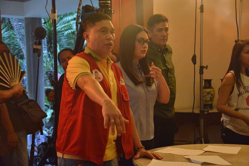 Direk Ariel in action...for the first time. Not missing this @mainedcm   #JOWAPAOMENGsaPAMANA https://t.co/r1aepSnhCn