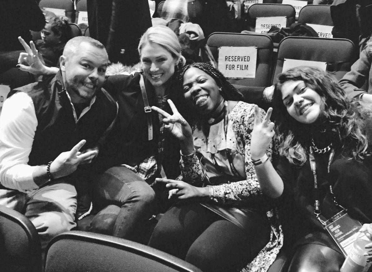 People in black 4 - film 2019