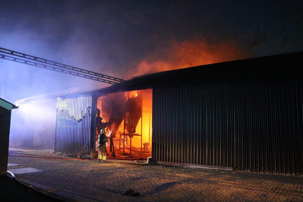 De Schuur Kootwijkerbroek : Vallei politie doet onderzoek naar hennepteelt na brand in