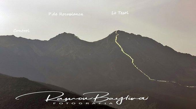 Imatges d'aquesta matinada de la Ultra trail  Valls d'Àneu pujant al pic de loTesol-Rocablanca  @UTVVallsdaneu vist des del mirador de Burgo #PallarsSobira