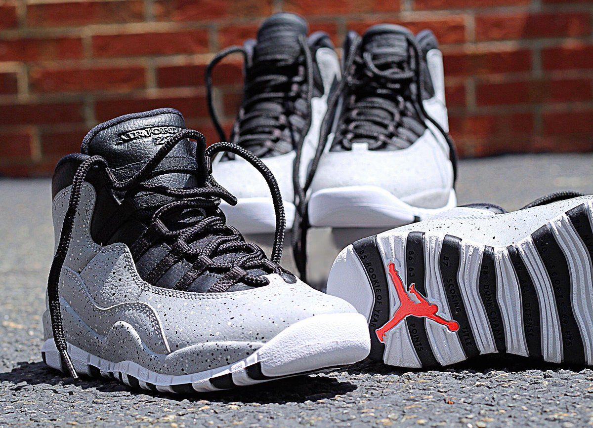 d87e43052ba61 Sneaker Shouts™ on Twitter