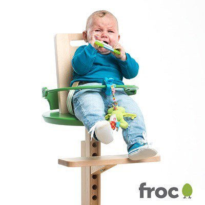 Simple highchair frocchair baby kids toddler family home homedecore interior interiordesign food chic style pretty trendy fashion nature wooden Pictures - Awesome stylish high chair Beautiful
