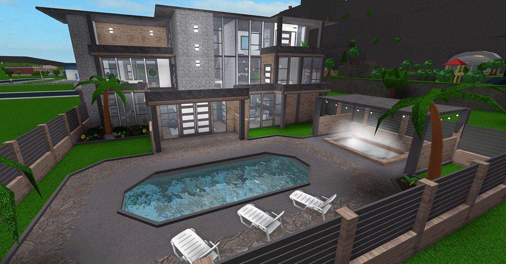 DjNSw5mUUAAJt_6 Bloxburg Modern Backyards Ideas May on