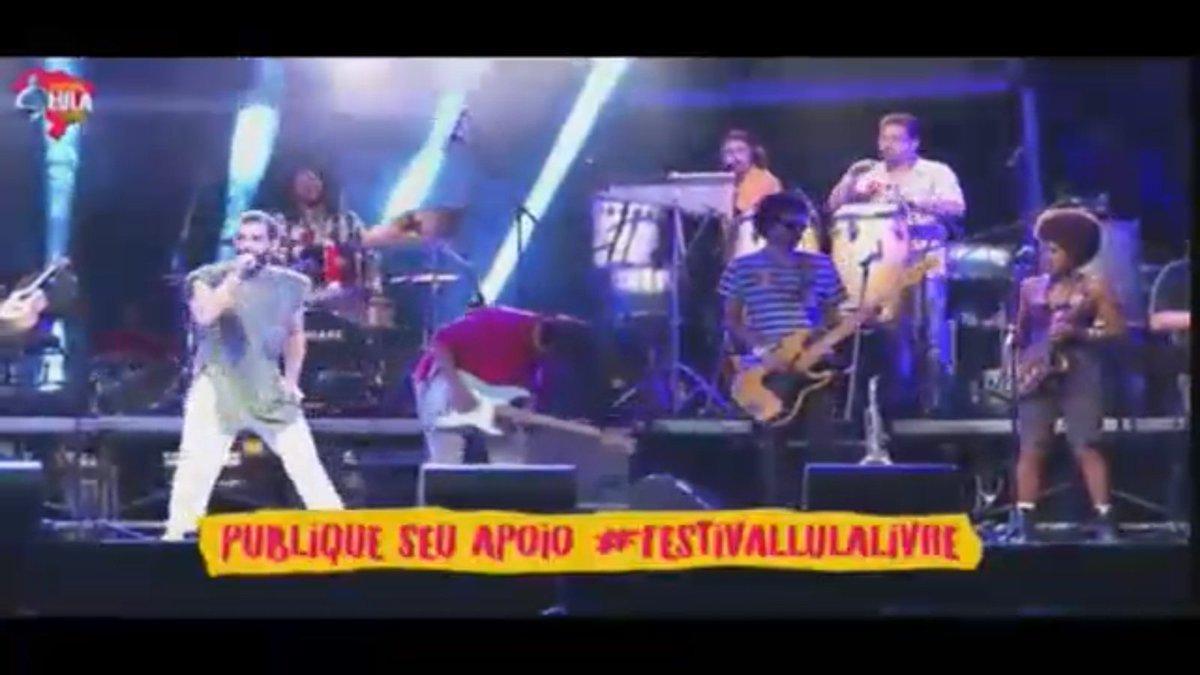 #FestivalLulaLivre 🎸🎤 #LulaLivre   ¡Síguelo en vivo! → https://t.co/0hqyMjIQqC https://t.co