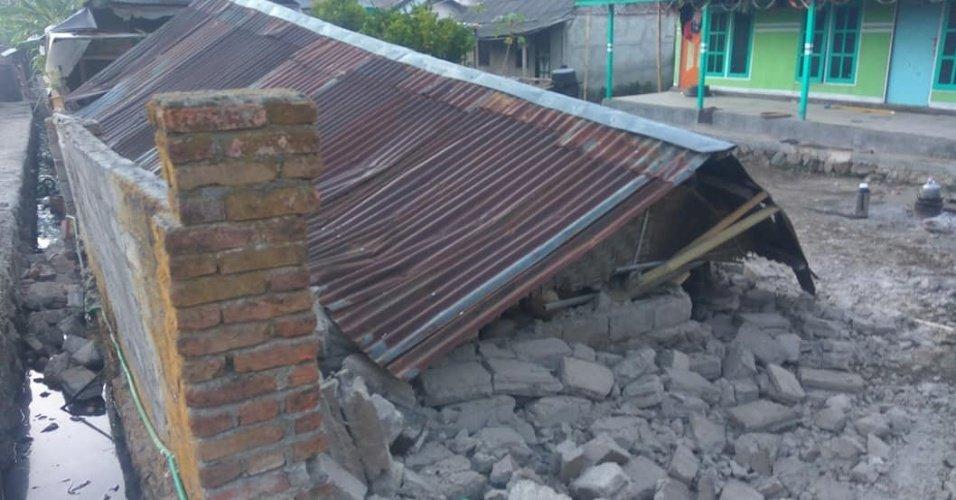 6,4 na escala Richter   Terremoto na Indonésia deixa 10 mortos, 40 feridos e9fa792b45
