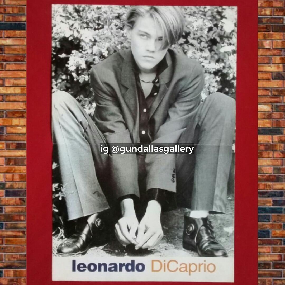 Poster Majalah Leonardo Dicaprio.. #koleksi #poster #leonardodicaprio #leonardodicaprioyoung #leonardodicapriofan #titanic #filmtitanic #titanicmovie #postermajalah #majalahlama #majalahlawas #90an #90s #era90 #generasi90an #anak90an #galeri #nostalgia #kenangan #jadul #jamanoldpic.twitter.com/cfZtaztE5w