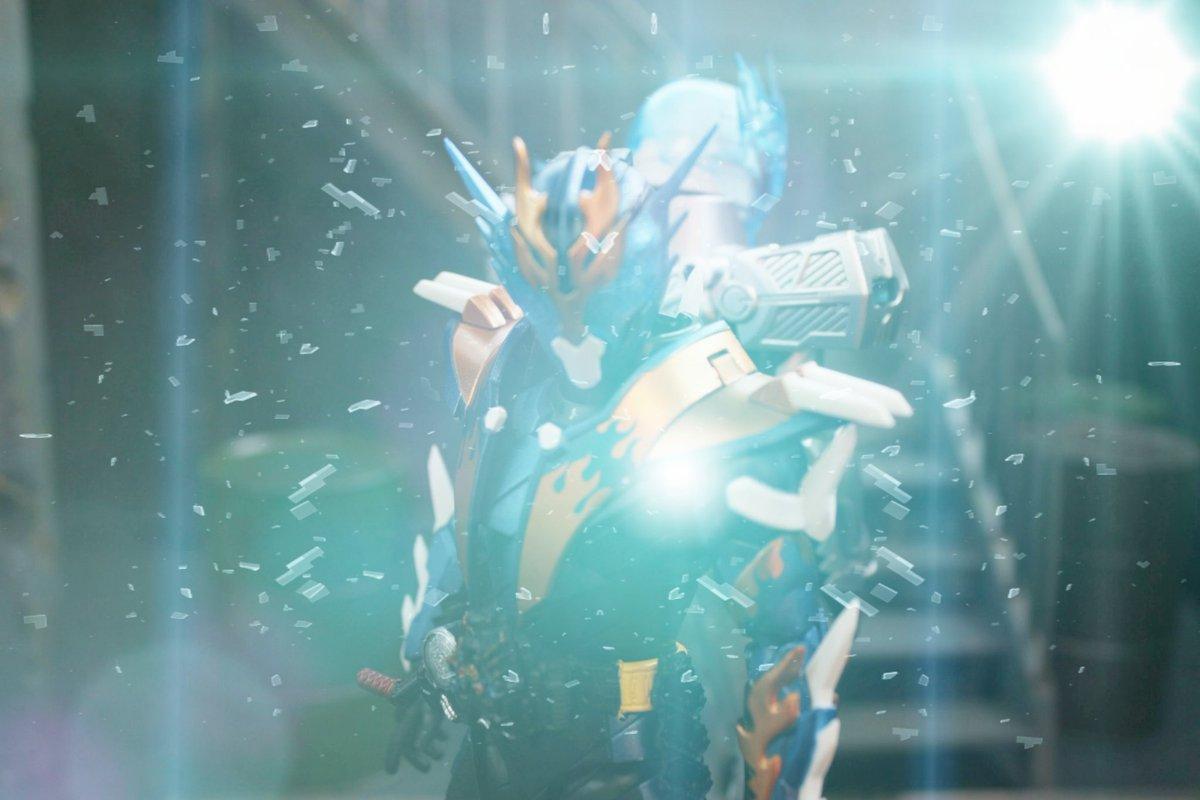 S.H.フィギュアーツ 仮面ライダービルド クローズチャージに関する画像10