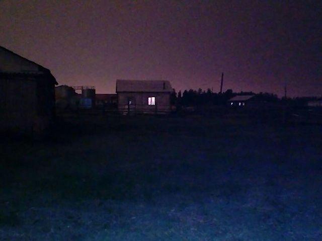 【なんで…】シベリアで昼間に太陽が「消失」し暗闇になるという怪奇現象が発生‼︎  7月20日ロシアのシベリアで昼間のおよそ3時間に渡って太陽が「消滅」して真っ暗になる怪奇現象が発生。日食などの太陽を隠すような現象は確認されておらず、原因不明となっている。