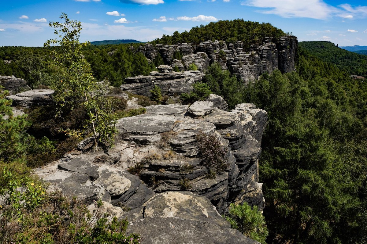 Love visiting the magnificent set of Chronicles of Narnia in #bohemianswitzerland @VisitCZ #northern_hikes #TBEX #TBEXOstrava2018 https://t.co/XkXvHZEwQS