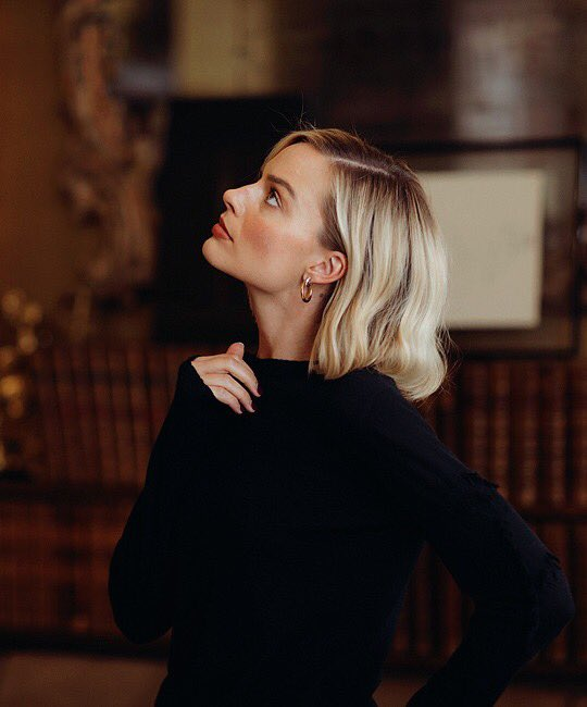 Margot Robbie visited Gabrielle Chanel's apartment in Paris ahead of starring in the CHANEL Coco Neige campaign.