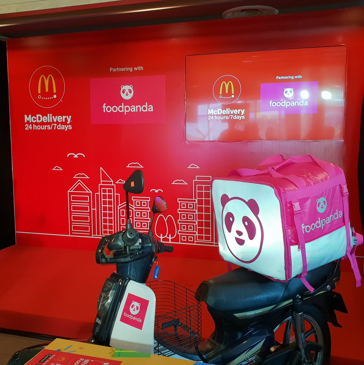 mcdonald delivery number in malaysia