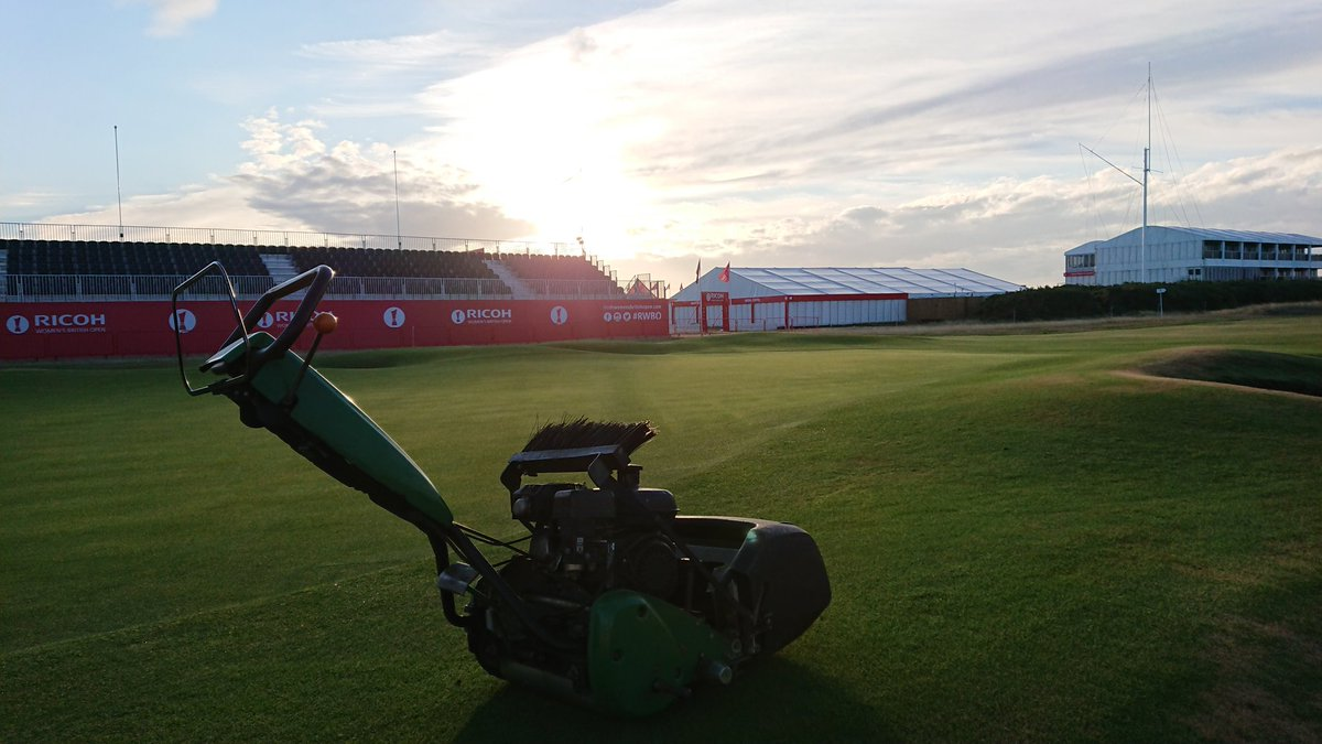 test Twitter Media - Nothing better than hand cutting greens on a Monday morning, unless your hand cutting greens at a major. I'm on tour this week @RoyalLythamGolf for Women's British Open. https://t.co/A61OZZIg5m
