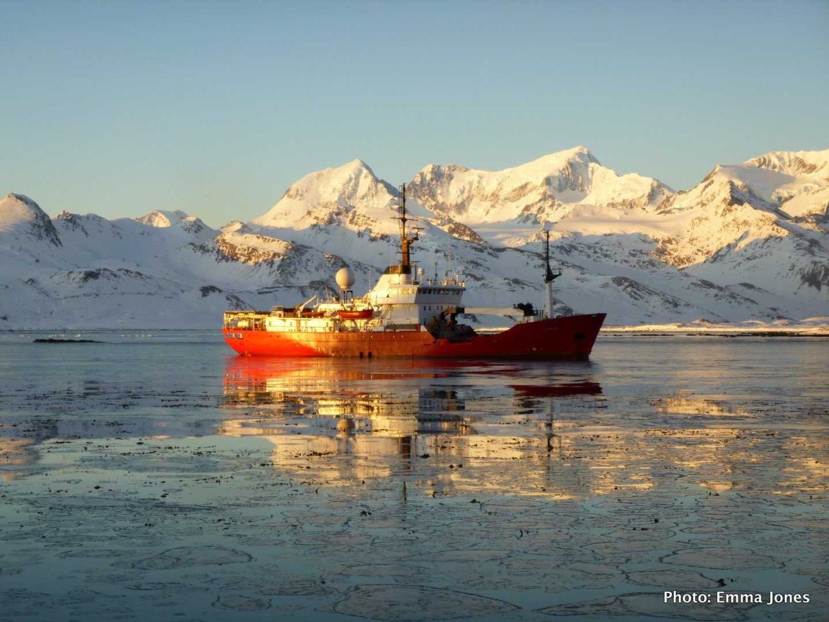 Hardworking PharosSG returning to King Edward Cove after patrolling the #SouthGeorgia #MarineProtectedArea <br>http://pic.twitter.com/1DipOdnxol