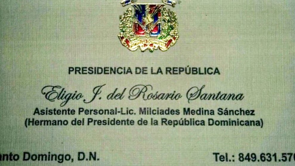 Tremendo título: Asistente del hermano del presidente....   Coño hemos dejado el futuro de nuestro país en las manos equivocadas...