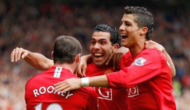 Whos the better front three? RT for Ronaldo/Rooney/Tevez Like for Salah/Firmino/Mane
