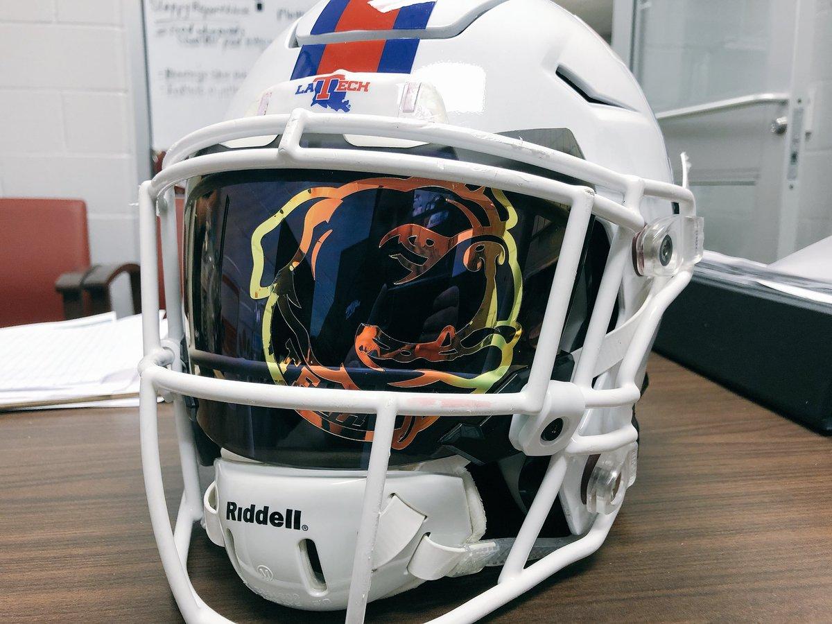 Thanks @GreenGridiron @SHOC_Nation for the prototype custom visor!