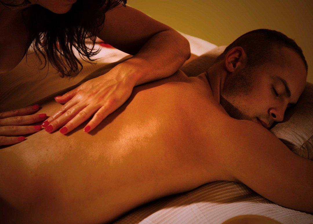 Русскую жену эротический массаж в казани круглосуточно своего фотографа