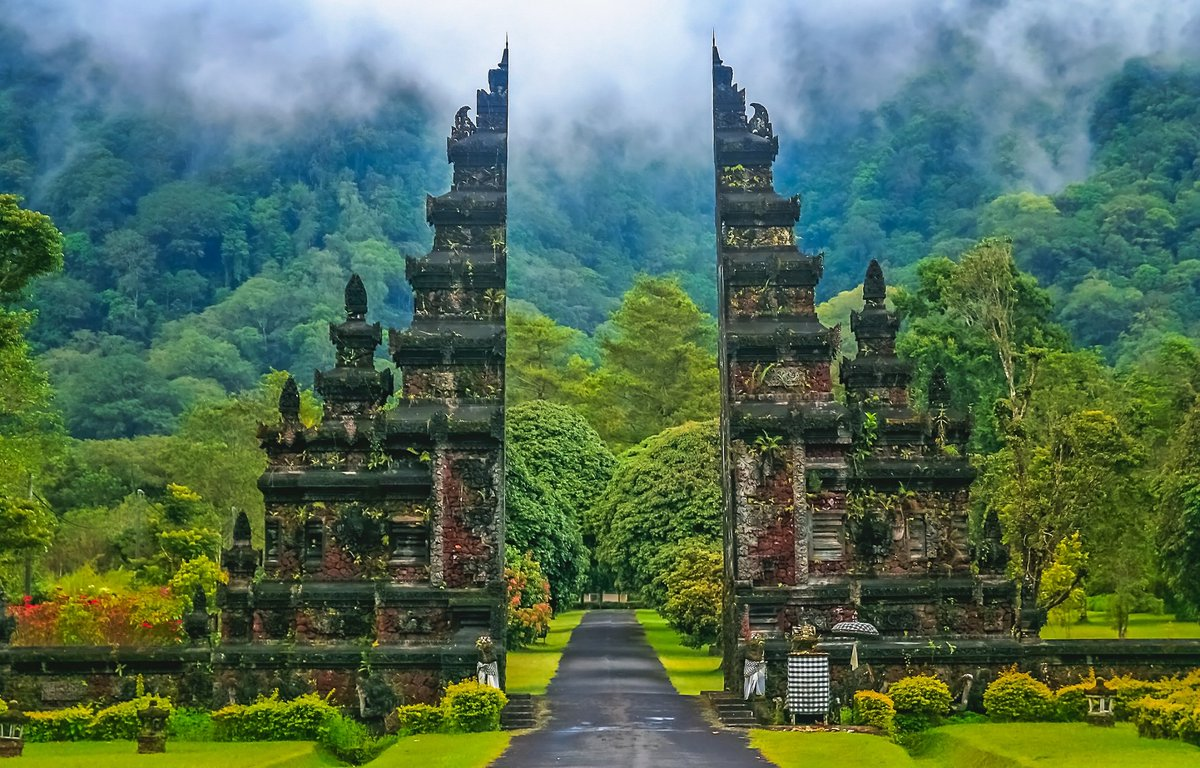 Justfly On Twitter The Gates To Heaven In Bali Are Truly Divine