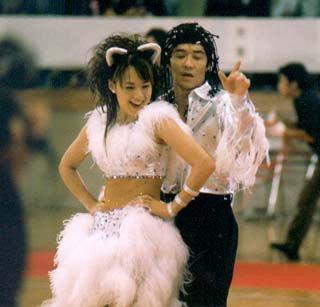 ウド 社交 ダンス