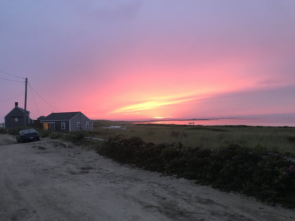 Nantucket Visitors Guide On Twitter After A Lousy Cloudy Beach Day On Nantucket Madaket Is On Fire Tonight The House On The Far Left With The Chimney Was Formerly Owned By Fred
