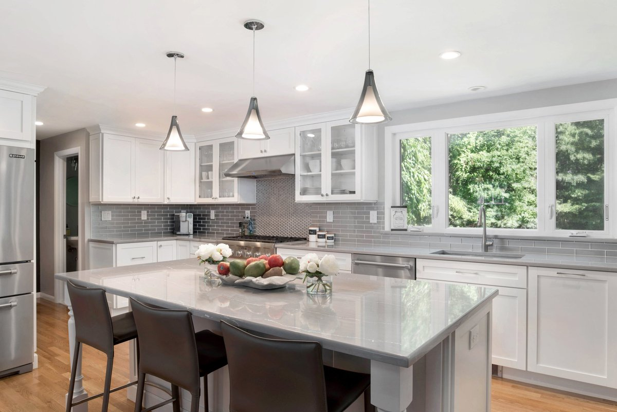 ... Highlighted With White Grout, Deco Tiles Over The Cooktop, Island With  Large Overhang, Hardwood Floors Http://kccne.com/work/east Greenwich Ri 30 U2026