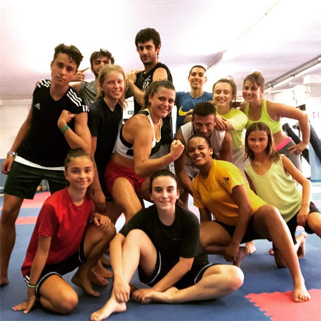 Condividere le fatiche è la più grande motivazione a stare insieme!  #aks #karate #caldo #allenamento @Zane_88 @leo_aks @CRTKarate @ToscanaKarate @FijlkamOfficial https://twitter.com/AKS_Sesto/status/1026752404539277312/photo/1  - Ukustom