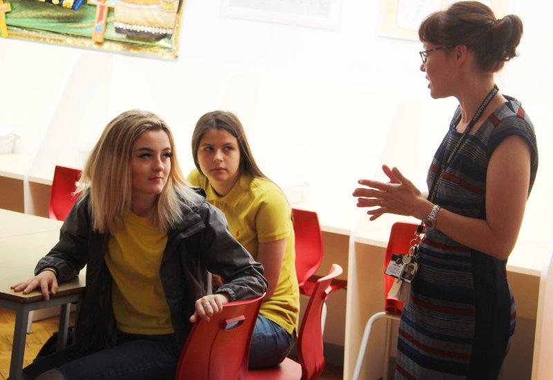 download leben mit demenz praxisbezogener ratgeber für pflege und betreuung